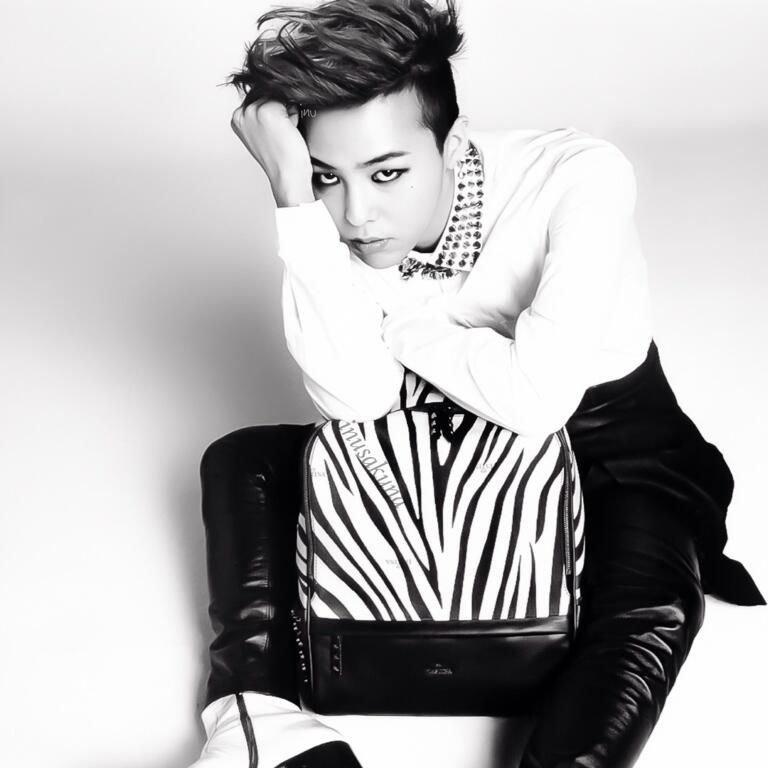 G Dragon Pic 7766 دانلود آهنگ A Boy از جی دراگون (G Dragon Bigbang) به همراه متن
