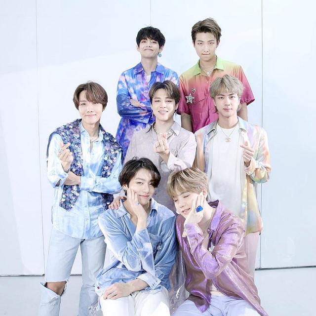 BTS Picture 88998777 1 دانلود آهنگ Paldogangsan (Strong ARM) از BTS با کیفیت اصلی و متن