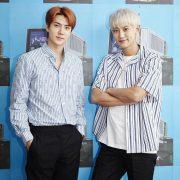 دانلود آهنگ 1 Billion Views از سهون و چانیول (سچان EXO-SC) با متن